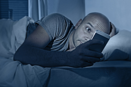 Why You Shouldn't Use Electronics Before Going to Sleep