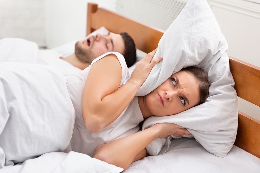 How to Stop Snoring with an Adjustable Bed