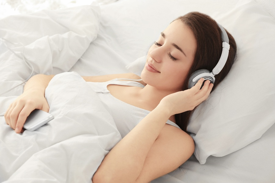 Can Music Help You Fall Asleep at Night?